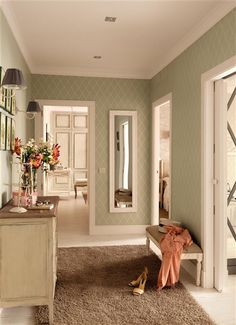 Elegant, classy wallpaper in a pretty neutral