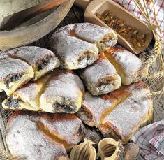 Poppy Cake, Hungarian Recipes, Bread Rolls, Winter Food, Bread Recipes, Hamburger, French Toast, Food And Drink, Pork