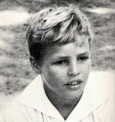 Marlon Brando,even as a young boy he was good-looking.