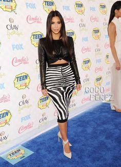 kim kardashian tca red carpet