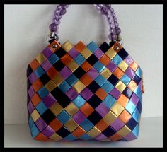 Candy Wrapper Purse, Candy Wrappers, Candy Bags, Modular Origami, Paper Design, Quilling, Shoulder Bag, Purses, Crafts