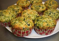 Spinach and Parmesan Muffins Norali Recipe – Muffins Tapas, Vegetable Recipes, Vegetarian Recipes, Healthy Recipes, Mini Cake Sale, Baby Food Recipes, Cooking Recipes, Salty Foods, Snacks