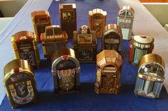 Attualmente nelle aste di #Catawiki: Set di 13 Mini Juke-Box - Funzionanti