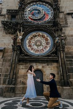 Prague Marriage Proposal Old Town Square - Astronomical Clock Prague Astronomical Clock, Prague City, Old Town Square, Marriage Proposals, Photoshoot Ideas, Professional Photographer, Photo Sessions, Facade, Europe