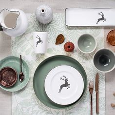 and the GREY one.new work for Still Photography, Flatlay Styling, Teller, Teamwork, Vienna, Austria, Tablescapes, Plates, Ceramics
