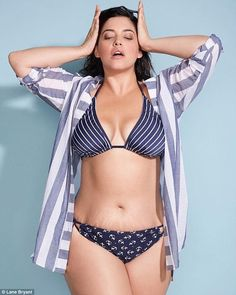 ec2567b528 Fans noticed a photo posted to Lane Bryant's Instagram account left model  Denise Bidot's stretch marks