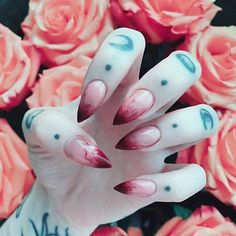 "Gefällt 6,802 Mal, 19 Kommentare - Alternative Fashion ♡ (@alternativexfashion) auf Instagram: ""bloody nails #alternativexfashion @sofi_neya"""
