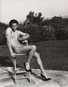 """""""Hommage à Helmut Newton"""" par Karl Lagerfeld pour Purple Magazine - Eloge de l'Art par Alain Truong"""