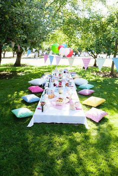 Guest table from a Teddy Bear Picnic Birthday Party on Kara's Party Ideas | KarasPartyIdeas.com (6)