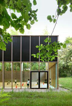 URA Architects // Gymnasium // Ukel http://ura.be
