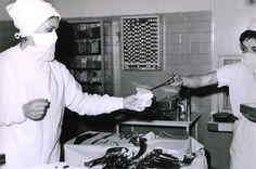 La croix Rouge française s'engage dans une lutte contre la tuberculose durant l'entre deux guerres - © Jean Biaugeaud - CRF  La croix Rouge française s'engage dans une lutte contre la tuberculose durant l'entre deux guerres.