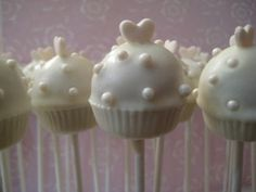 Cupcake Wedding Cake Pops