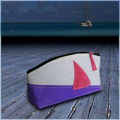 TROUSSE DE TOILETTE S en voile de bateau Sailing Outfit, Couture, Upcycle, Purses, Sailboat, Totes, Leather, Bags, Color