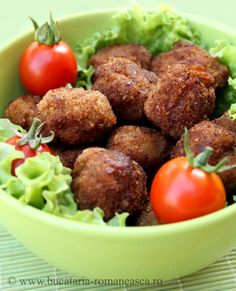 Chiftelute Diet Recipes, Snack Recipes, Healthy Recipes, Yummy Snacks, Yummy Food, Delicious Meals, Romanian Food, Romanian Recipes, Appetizer Recipes