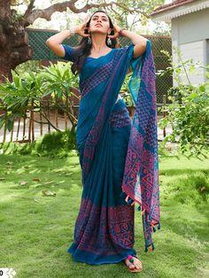 New Trendy Printed Heavy Linen Cotton Saree Material Used: Golden Zari Satin All Saree Are Made Of Best Quality Available In The Market. Blouse Is Att. Simple Sarees, Trendy Sarees, Stylish Sarees, Fancy Sarees, Khadi Saree, Lehenga Choli, Anarkali, Sabyasachi Sarees, Lehnga Dress