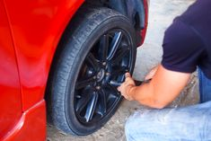You can make the most of your driving enthusiasm even in snowy winter days this year. Simply gift your car winter tyres and speed along! Mobile Tyre Service, Tyre Fitting, Winter Tyres, Car, Gift, Automobile, Autos, Gifts