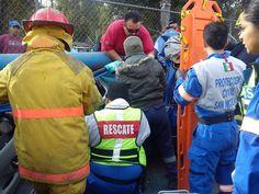 Protección Civil y Bomberos San Nicolas, N.L. Chaleco G2 Vest durante un accidente vial en la Av. Santo Domingo. EMS México     Equipando a los Profesionales
