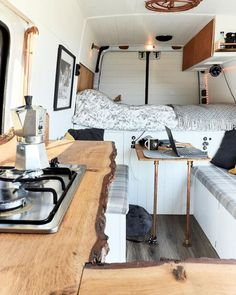 Campervan Interior Design Ideas for A Cozy Camping Time. Lovely Campervan Interior Design Ideas for A Cozy Camping Time. 15 Campervan Interior Design Ideas for A Cozy Camping Time Van Interior, Best Interior Design, Interior Ideas, Interior Photo, Diy Motorhome Interior, Ford Interior, Airstream Interior, Brown Interior, Simple Interior
