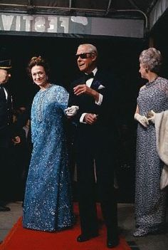 The Duke and Duchess of Windsor arrive for the premiere of the motion picture, A King's Story. The movie chronicles the Duke's days as Edward VIII of Great Britain and ends with his renouncement of the throne to marry the former Wallace Warfield Simpson. The premiere was a benefit for the Hospital for Special Surgery.May 24, 1967.