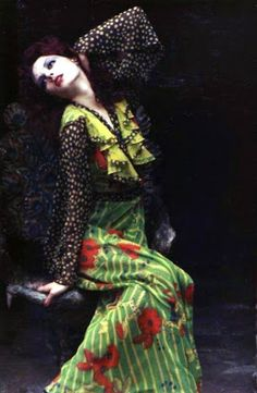 Truly Enthusiastically: POINT OF FASHION: THE 70S Ossie Clark and Celia Birtwell Dress Vintage