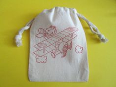 oh my goodness! soooo cute! Snoopy Airplane / Set of 10 / Birthday Party by asouthernflair, $12.50