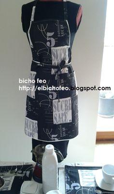 grembiule in cotone stampato e tovagliette all'americana coordinate. http://elbichofeo.blogspot.com