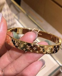 Louis Vuitton Fashion New Popular High end Couple Stainless Steel BraceletLV Louis Vuitton Fashion New Popular High end Couple Stainless Steel Bracelet Classy Luxury Traveling Bag For Ladies Lv Bracelet Bracelet Lv Women Bracelet Bracelet Louis Cute Jewelry, Gold Jewelry, Jewelery, Jewelry Accessories, Fashion Accessories, Fashion Jewelry, Trendy Jewelry, Summer Jewelry, Simple Jewelry
