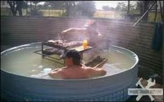 This has got to be a Redneck BBQ Pool Party. Pictures Of The Week, Cool Pictures, Funny Pictures, Funny Pics, Videos Funny, African Jokes, Barbecue, Meanwhile In Australia, Redneck Humor