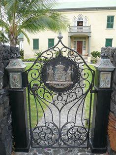 Hawaii 2014 ˚Hulihe`e Palace Gate