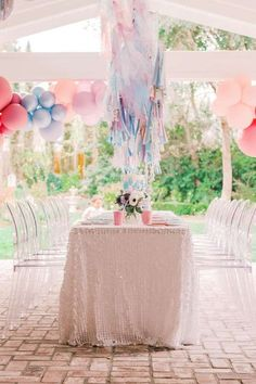Take a look at this gorgeous Frozen birthday party! The table settings are magical! See more party ideas and share yours at CatchMyparty.com #catchmyparty #partyideas #frozen #frozenparty #princessparty #winterparty #girlbirthdayparty 16th Birthday Gifts, Birthday Gifts For Best Friend, Sweet 16 Birthday, 4th Birthday Parties, Birthday Bash, Birthday Kids, Frozen Themed Birthday Party, Disney Birthday, Frozen Party