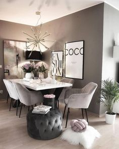 I love this color palette. Do you? _ I love this color palette. Do you? Wish you amazing The post I love this color palette. Do you? _ appeared first on Vardagsrum Diy. Dining Room Table Decor, Dining Room Design, Interior Design Living Room, Dining Rooms, Home Decor Bedroom, Living Room Decor, Luxury Dining Room, Dining Room Inspiration, Furniture