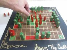 Hnefatafl - The ancient Viking Board Game - How to make it and play it.