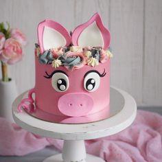 3,501 отметок «Нравится», 24 комментариев — Cakeideasfoto (@cakeideasfoto) в Instagram: «Repost @butochek_cakes Прелесть❤️ #cake #cakes #cupcakes #cupcake #торт #торты #тортик #тортспб…» Pretty Cakes, Cute Cakes, Beautiful Cakes, Amazing Cakes, Piggy Cake, Pig Birthday Cakes, Farm Cake, Animal Cakes, Girl Cakes