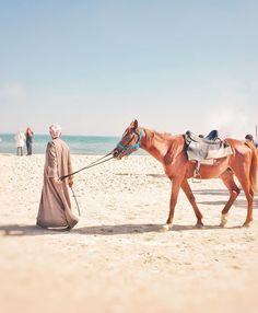 A local saudi man with his red horse during the Filipino Community at Al Shola Khobar. Horses are more expensive compared to camels in the Kingdom. #philcom #filcom