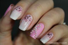 Octobre Rose // Nail Art - Ongles Addict