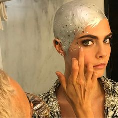 Cara Delevngne Attends the Met 2017 With a Silver Head