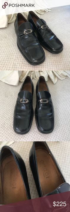 Men's Gucci loafers Authentic Gucci men's loafers with silver hardware size 12 1/2 left shoe has missing gold Gucci tag make an offer :) Gucci Shoes Loafers & Slip-Ons