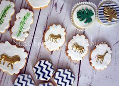#jungle #tropical #cookies #vaptism #sugarpaste #royalicing #sugartina #sugartinascakesandthings Sugar Paste, Royal Icing, Tropical, Candy, Cookies, Desserts, Instagram, Food, Crack Crackers
