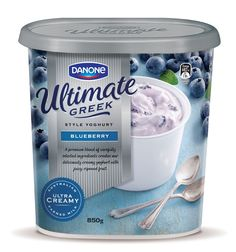 Danone Greek Style Yoghurt en Packaging of the World - Diseño de paquete creativo G . Yogurt Packaging, Dairy Packaging, Cheese Packaging, Ice Cream Packaging, Milk Packaging, Product Packaging, Greek Yoghurt, Packaging Design Inspiration, New Recipes
