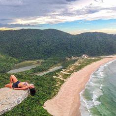 """""""Location: Lagoinha do Leste - Florianópolis, Brasil. Photo Credit: @muri_ottoni Inspiração: @trilhandomontanhas"""""""
