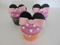 Minnie Mouse Custom Cupcakes