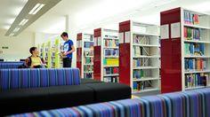 Estrategia digital e informacional en Cardiff / @ehonorio [Alfared blog - ] | (1) Preparar a los alumnos para el estudio y el empleo en una sociedad digital, integrando la capacitación digital e informacional en los estudios universitarios y mejorando las competencias de los postgraduados (2) Ser la punta de lanza de posteriores desarrollos de formación para las competencias del personal de la Universidad (3) [...] | #academiclibrary #readyfortransliteracy #socialearning