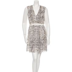 Pre-owned Giambattista Valli Printed Silk Dress (2,775 MXN) ❤ liked on Polyvore featuring dresses, pattern prints, silk print dress, mini dress, v-neck dresses, white day dress and short dresses