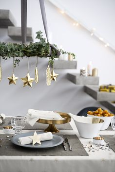 Minimal, but festive holiday table setting.