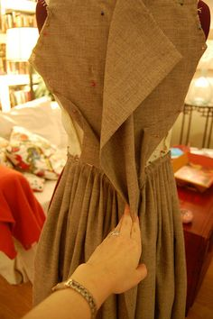 Making a robe a l'anglaise tutorial