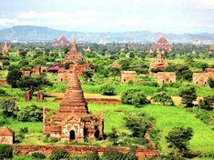 Bagan, Birmania. Bagan es una antigua ciudad escondida muy adentro de Birmania. A la altura del Reino de Pagan, la ciudad tuvo alrededor de 10,000 templos Budistas. Hoy, aproximadamente 2200 de estos siguen allí, haciéndolo un hermoso lugar para visitar.