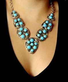 Fashionista Smile: Say Hi to the Fall Season with Turquoise