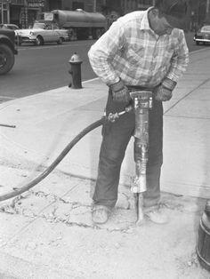 george-marks-man-using-jackhammer-on-sidewalk.jpg (366×488)