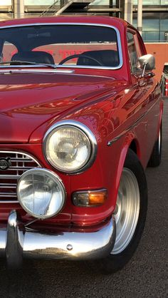 Volvo Amazon, Retro Cars, Tail Light, Motors, Planes, Antique Cars, Motorcycles, Wheels, Death
