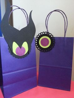 Maleficent Favor Bags Aurora Favor Bags by JennexPartySupply Maleficent Birthday Party, 10th Birthday, Birthday Parties, Maleficent Aurora, Villains Party, Disney Descendants, Party Favor Bags, Birthday Decorations, Party Time